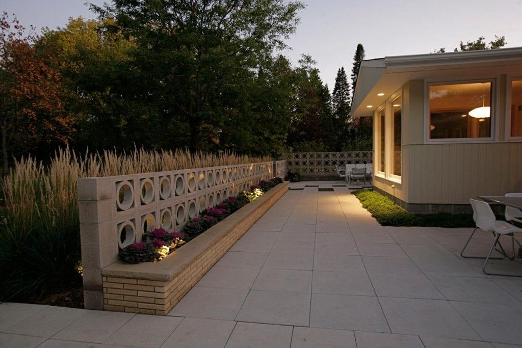 concrete midcentury patio