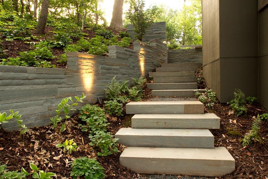 bluestone wall steps