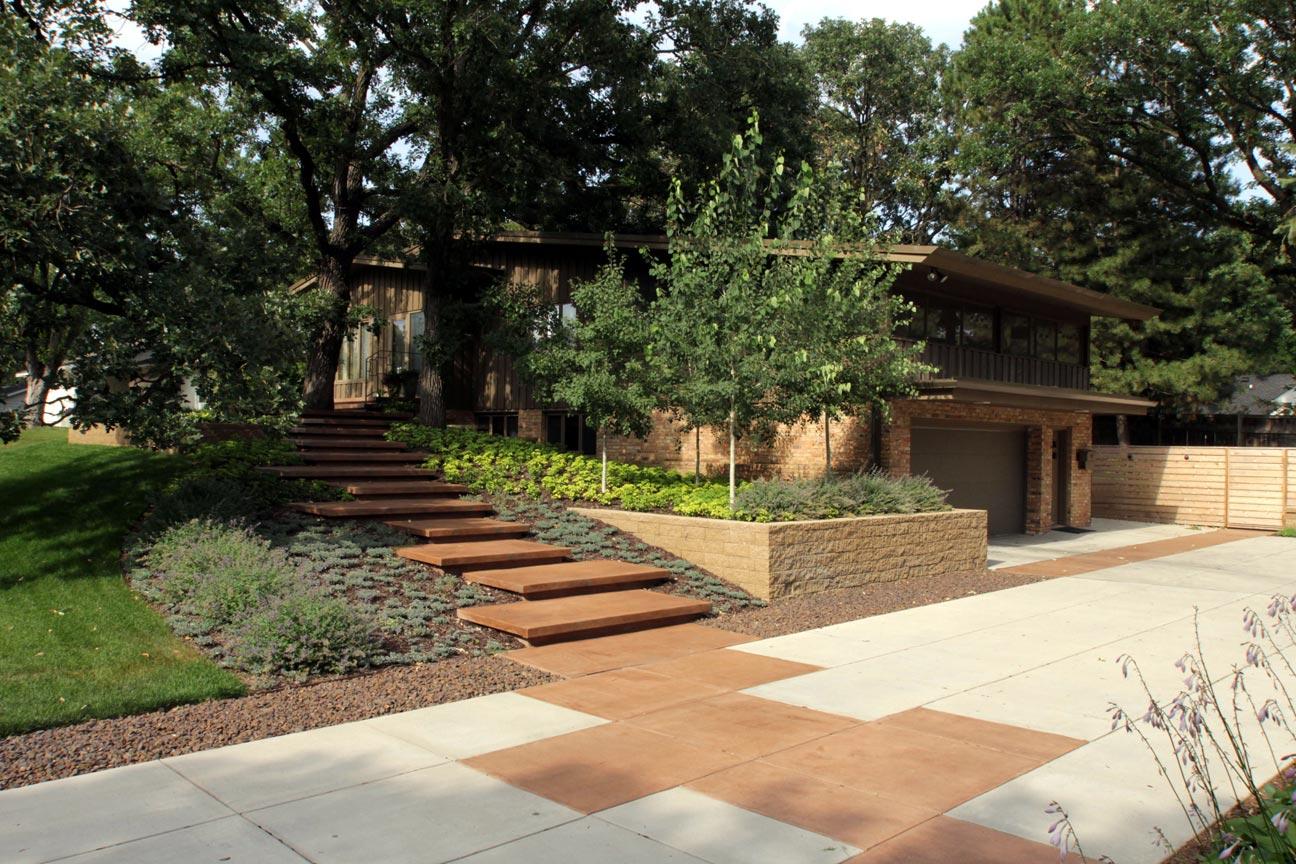 concrete driveway steps