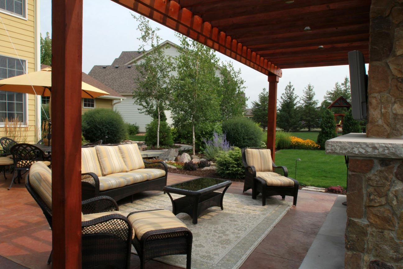 rustic outdoor living room for hom | Rustic Outdoor Living Room | Ground One