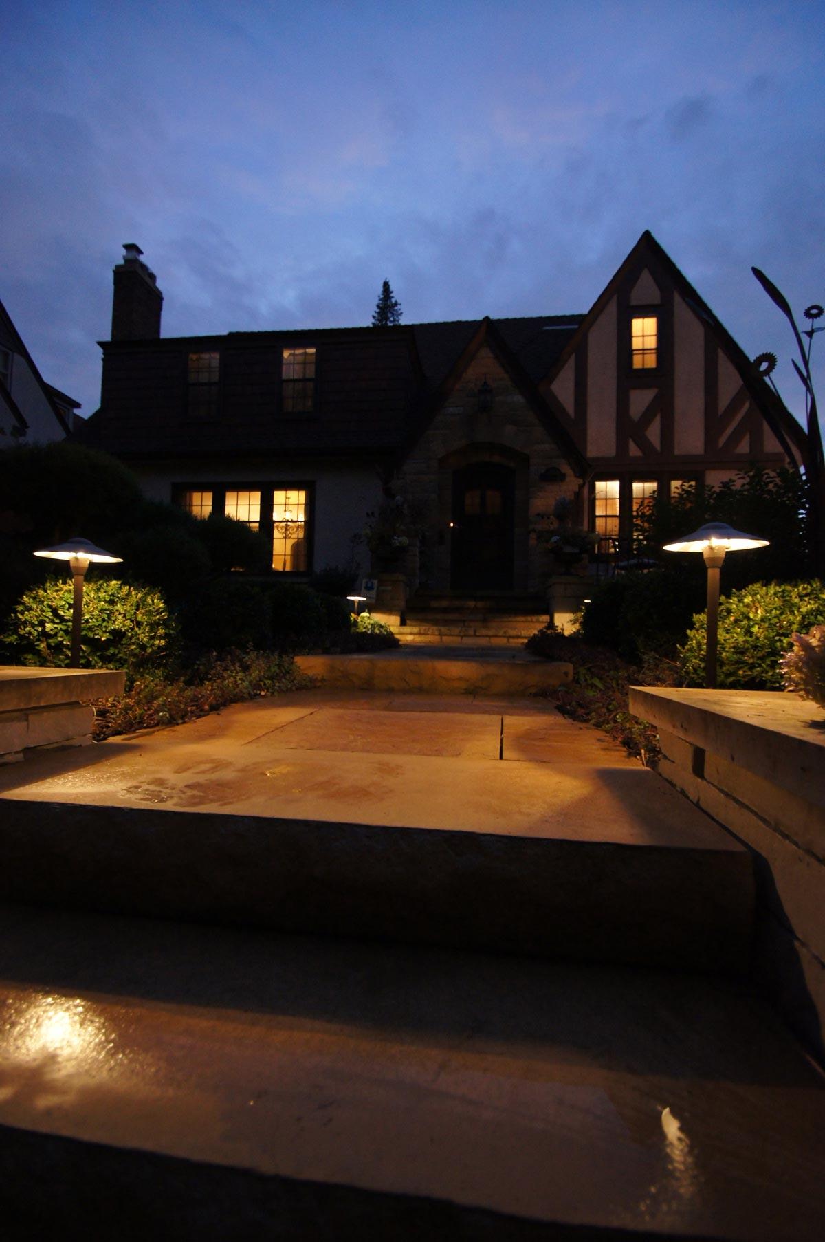 front walk lighting