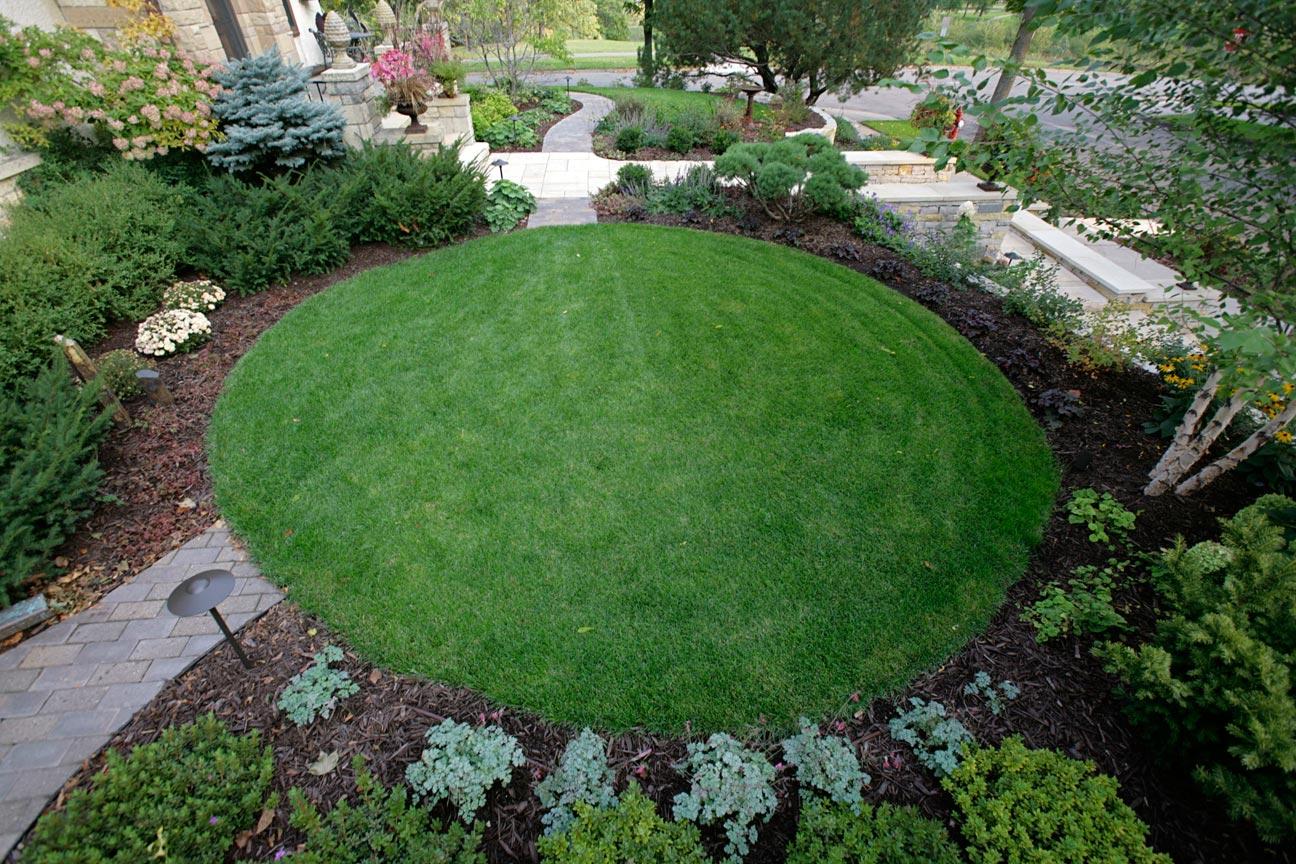 lawn circle