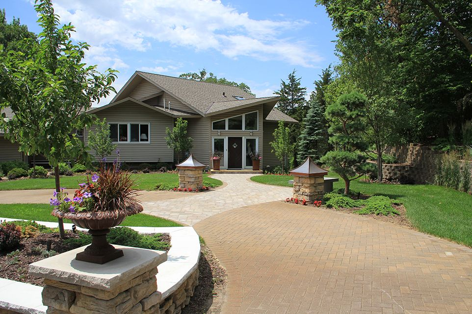 Bloomington, MN - Frontyard Driveway - Landscaping Design Company - Page Image - Ground One