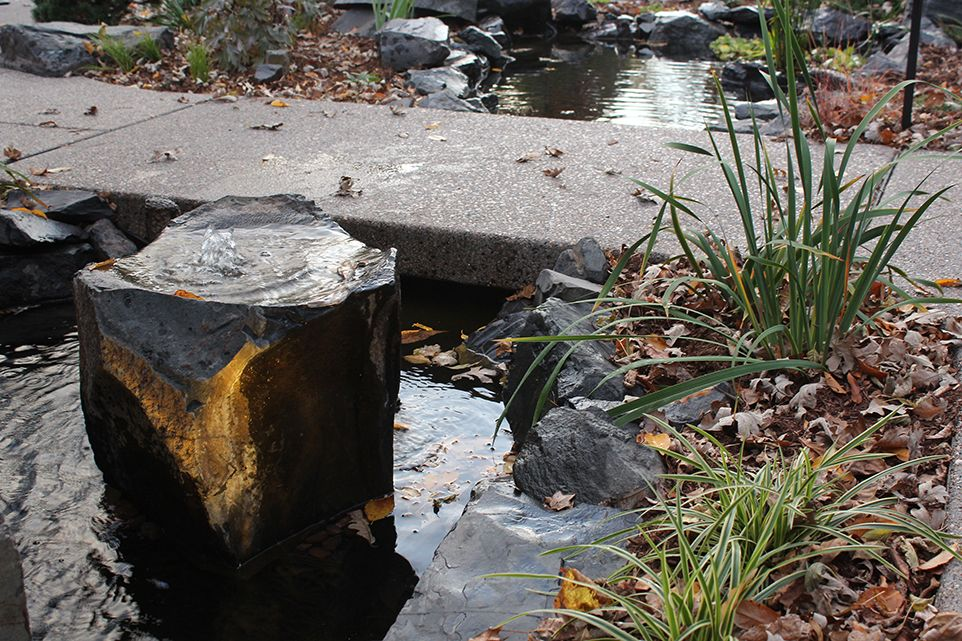Minnetonka, MN - Frontyard - Landscaping Design Company - Ground One