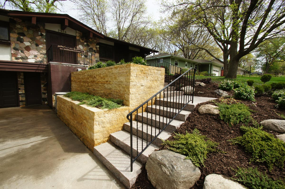 midcentury front steps