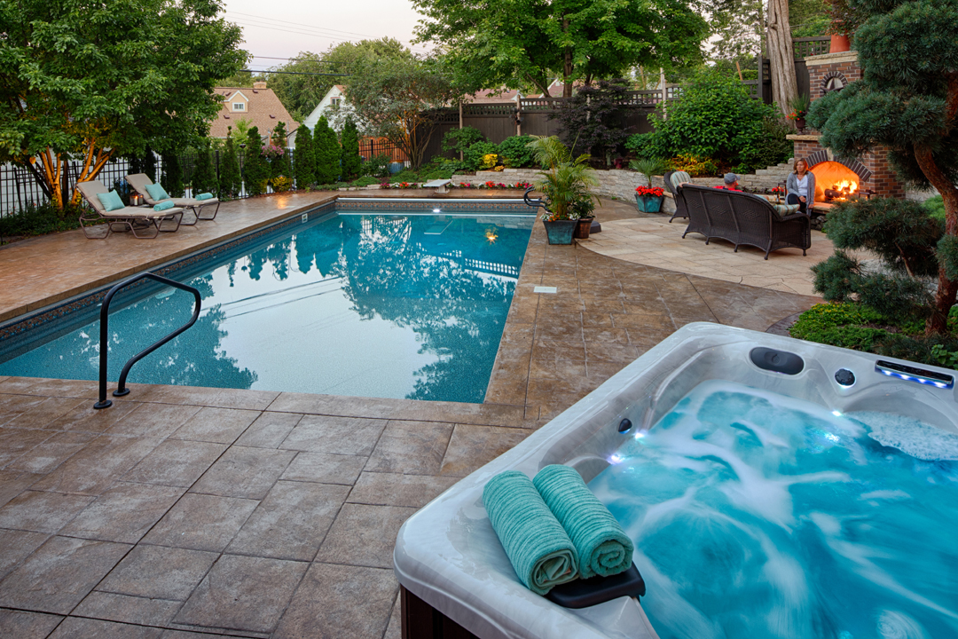 pool hot tub landscape