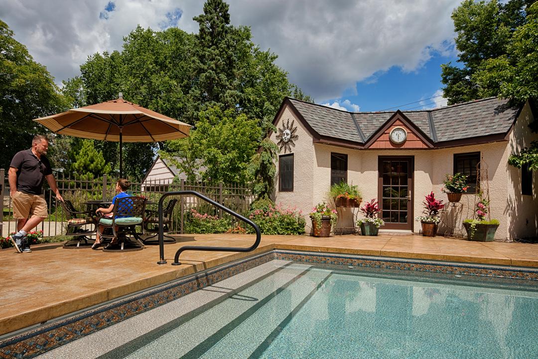 pool poolhouse